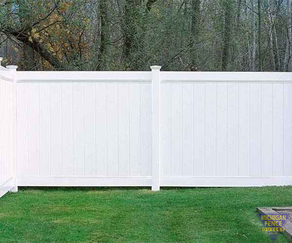 Chesterfield Smooth Vinyl Fence